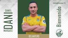 DANIEL MARQUÉS MARTÍNEZ, delantero procedente del A.D. Almudévar.a.